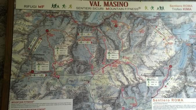 Mapa závodu - modrá na mapě, červená ve skutečnosti