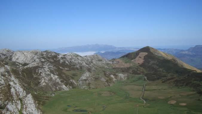 Asturias - hory a moře...