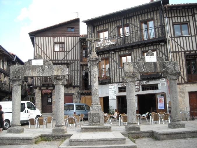 Vstupní ulice do vesnice La Alberca