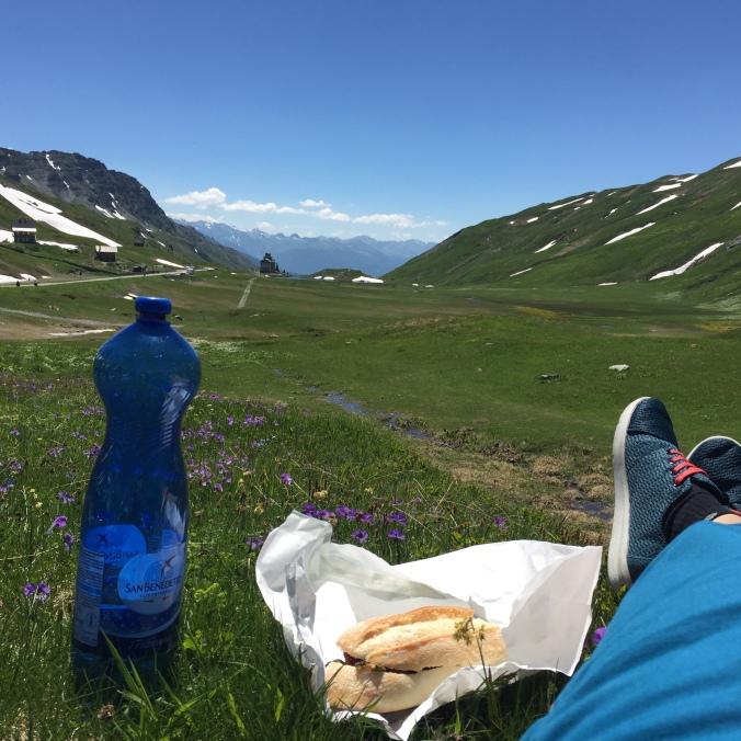 Průsmyk Petit San Bernard a obědová pauza