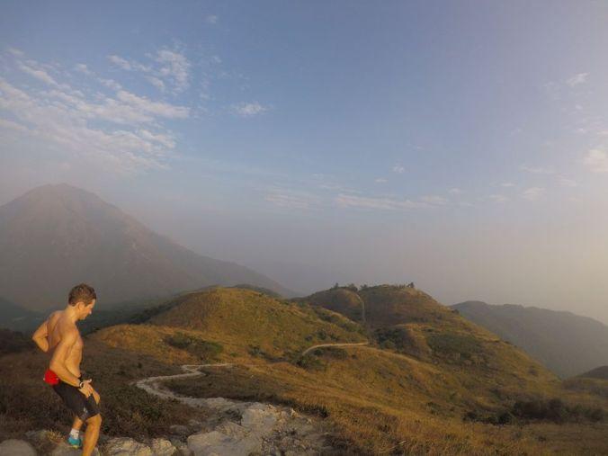 Seběh z Lantau Peak